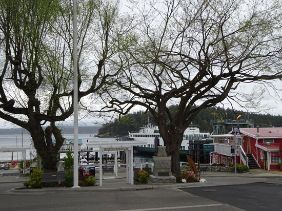 The Kirk House Bed & Breakfast: Friday Harbour, April 2014, Looking toward the Ferry Terminal