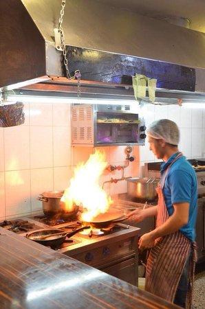 Safran Restaurant Cafe & Bar: Safran Restaurant