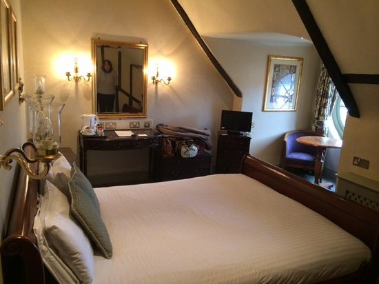 Rutland Arms Hotel: Our room