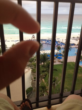 CasaMagna Marriott Cancun Resort : Our room, Free upgrade !!  ( gold member)