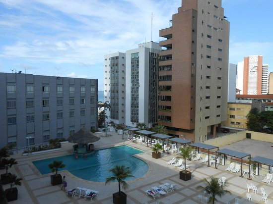 Oasis Atlantico Fortaleza Hotel : Vista da piscina do apartamento