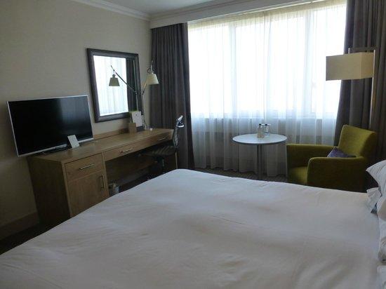 DoubleTree by Hilton Hotel Dublin - Burlington Road: Dormitorio