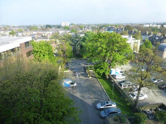 DoubleTree by Hilton Hotel Dublin - Burlington Road: Vista desde la habitación
