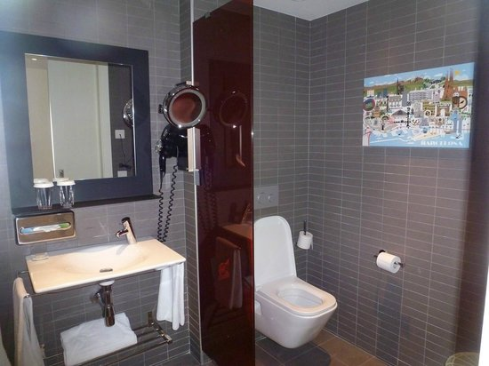 Vincci Bit: Une salle de bain spacieuse