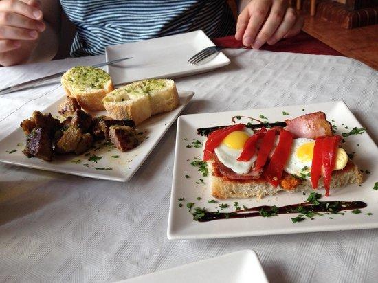 La Picaeta Tapas Bar: Moorish pork kebabs and sobrasada, bacon and quail eggs - both delicious