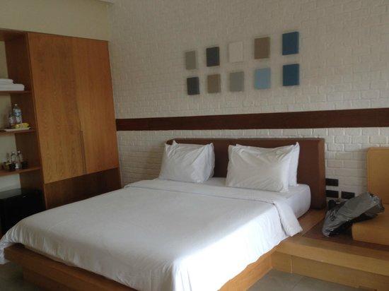Baan Talay Resort : номер с видом на бассейн