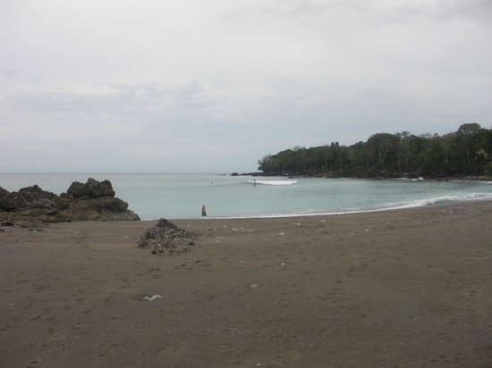 Lapa Rios Ecolodge Osa Peninsula: Beach short walk from Lodge
