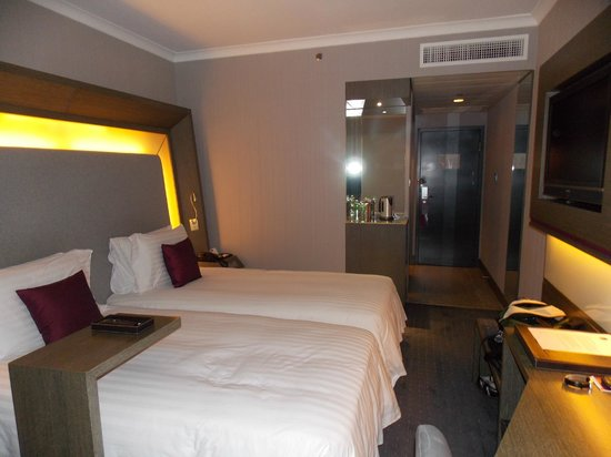 Room 2 - Picture of Novotel Hong Kong Nathan Road Kowloon