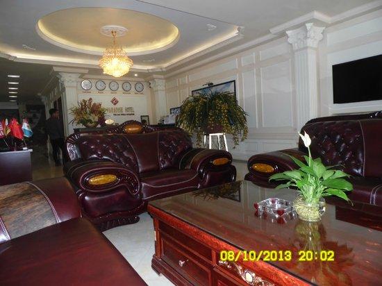 Sapa Paradise Hotel: Lobby
