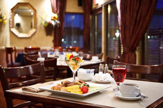 Royal Versailles Hotel : Restaurant