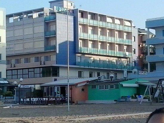 Hotel K2 : hotel dalla spiaggia
