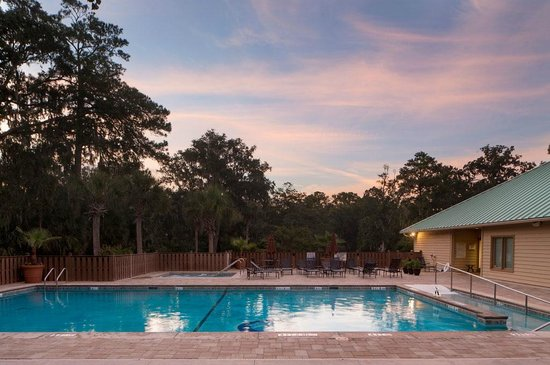 Hilton Head Health: Pool & Jacuzzi