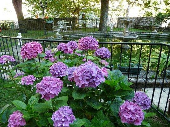 Hostellerie du Grand Duc: le jardin