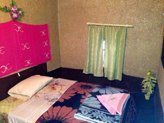 Chez les Habitants: My room