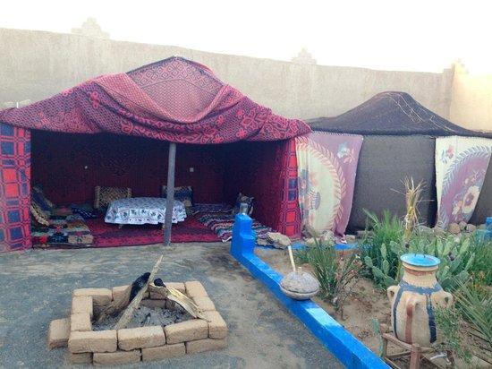 Chez les Habitants: Tents