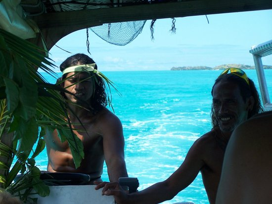 Maohi Nui : Our guides.  Mahana and Mark (from the bible yea?)  ; )