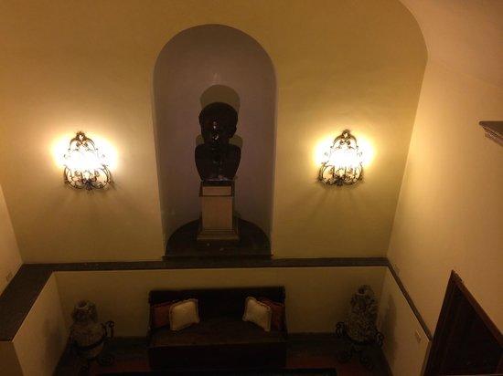 Hotel Giulio Cesare: área comum do subsolo!