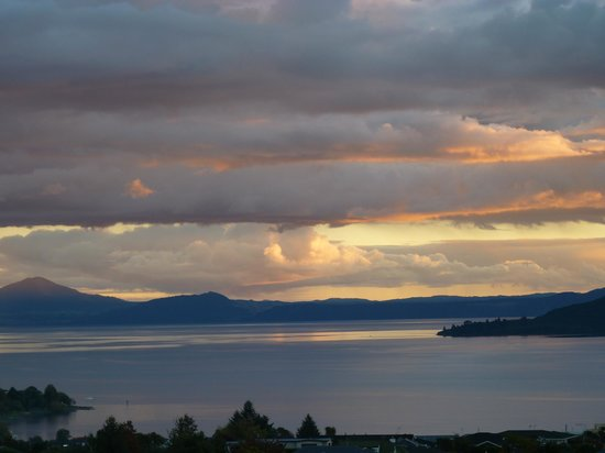 Hilton Lake Taupo : View from Balcony