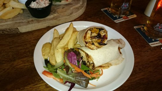 The Old Mill: Chicken & sweet chilli wrap