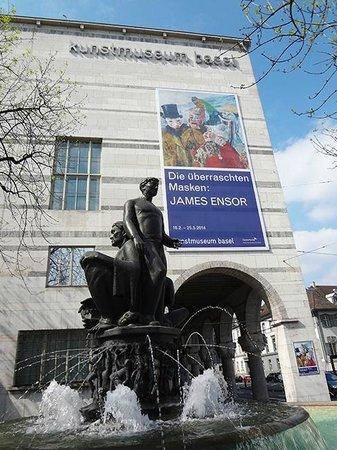 Kunstmuseum Basel: Museum exterior.