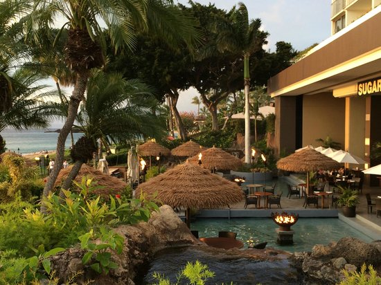 Westin Maui Resort And Spa : View overlooking the Sugar House restaurant