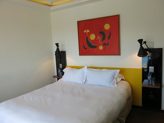 Hôtel La Residence du Vieux Port: lit