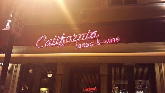 Ramada Hotel & Suites Vilnius: California Tapas & Wine