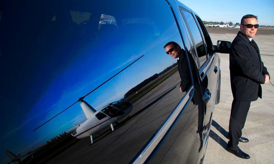 Konect Aviation: Paired with Limousine Service