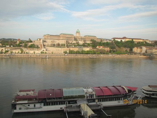 InterContinental Budapest : View from room day time