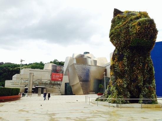 Bistró Guggenheim Bilbao : Entrée du Musée
