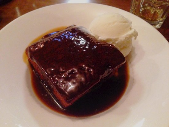 Auld Hundred: I'll remember this sticky toffee pudding for a long long time.