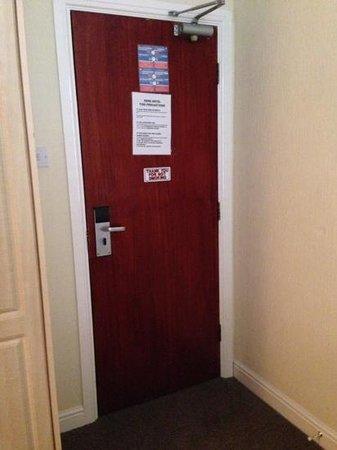 Dene Hotel : Door to our room