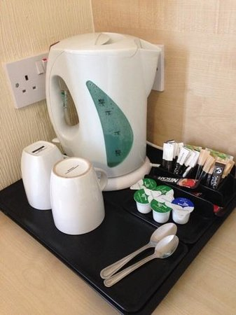 Dene Hotel : Tea making facilities