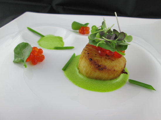 Eden: Scallop ~ Watercress, Sea Beans and Salmon Roe