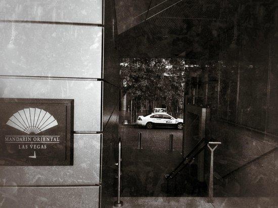 Mandarin Oriental, Las Vegas: Entrance to LAS-MO