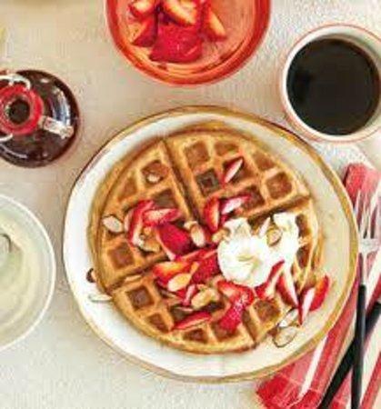 Days Inn Rocklin/Sacramento : Make Waffles every morning !