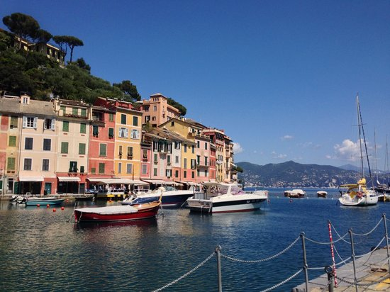 Hotel Laurin: Looking from the port at Portofino.