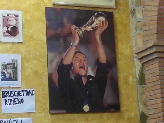 Ivo: Dédicace de Francesco Totti