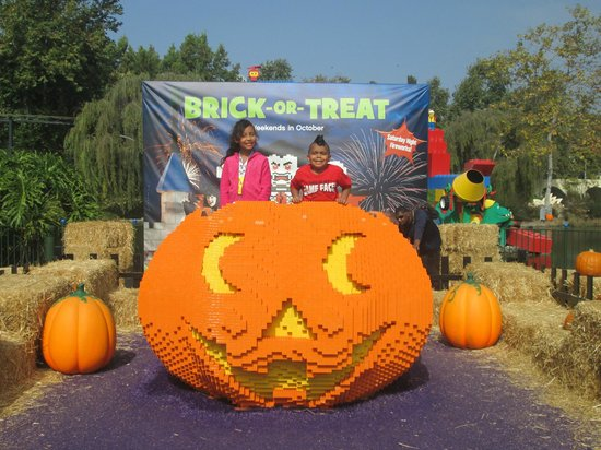 LEGOLAND California Hotel: Brick or Treat