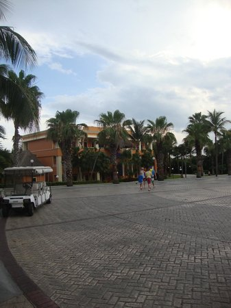 Grand Bahia Principe Coba : What the Villas look like