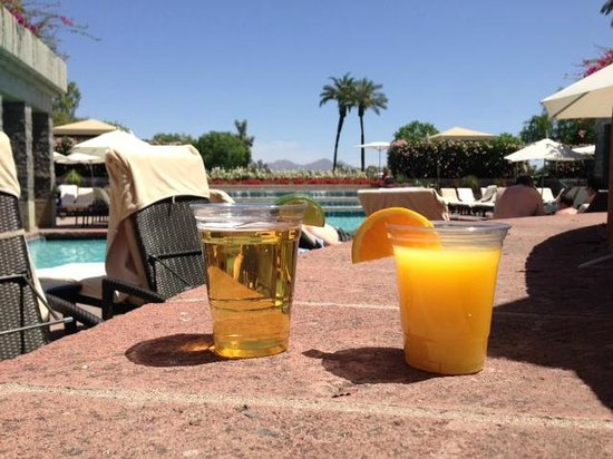 Hyatt Regency Scottsdale Resort and Spa at Gainey Ranch : Drinks on Vacation