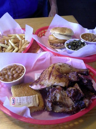 South Street Smoke House: South street smokehouse out did themselves today. Here is the Kansas City combo and the chicken