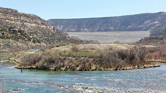 Soaring Eagle Lodge: Navajo Dam