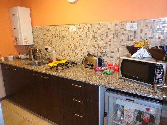 Kube Apartments Express: cocina
