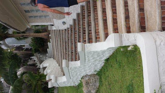 Jamahkiri Resort & Spa: Stairs
