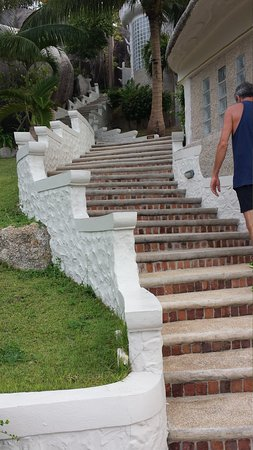 Jamahkiri Resort & Spa: Stairs