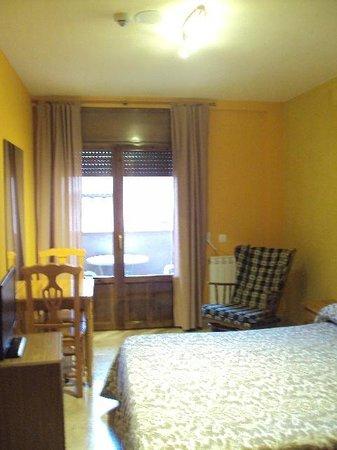 Hotel Dona Blanca: Habitación doble estándar.