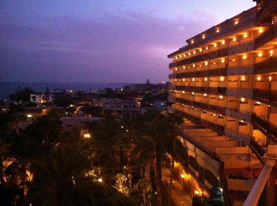 Melia Tamarindos: Night views
