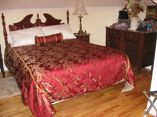 Summerside Inn Bed and Breakfast: Our room was beautiful and most comfortable
