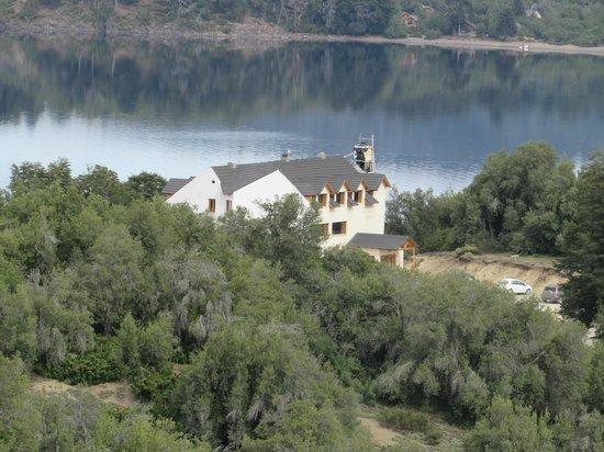 Hotel Peninsula de los Coihues: vista  del cipres.
